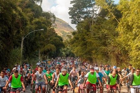 O evento esportivo tem dois percursos, o Gran Fondo, com 108 km de distância e 1.285 m de altimetria, e o Medio Fondo, com de 77 km de distância e 907 m de altimetria